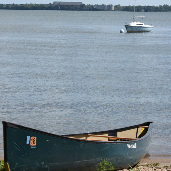 bemidji-outdoors-canoe-and-sailboat